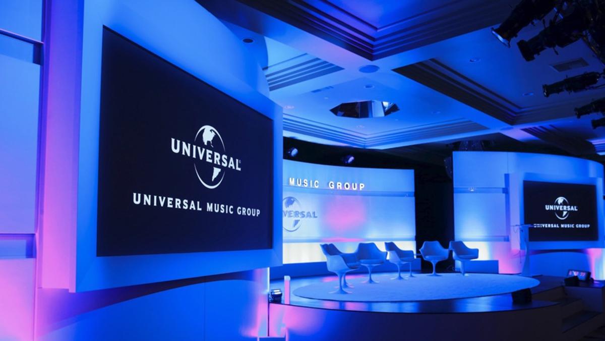 Universal Music Group bạo chi hơn 2 tỷ đô để thâu tóm bản quyền