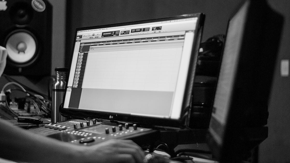 Apple Music sử dụng công nghệ Shazam để giải quyết bài toán tiền bản quyền DJ Mixes